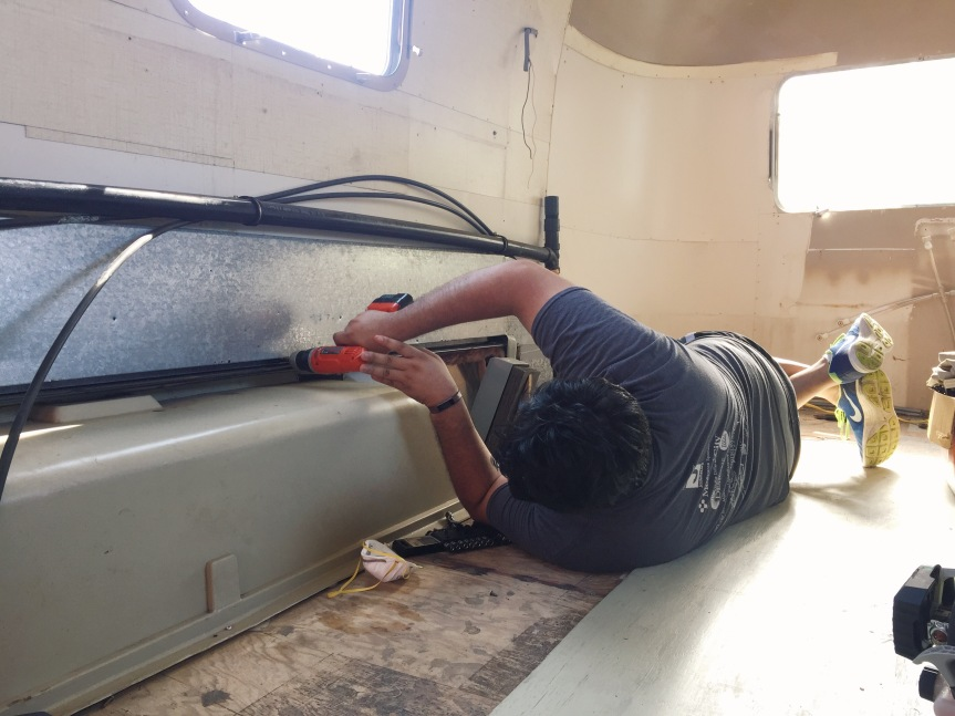 removing airstream argosy ductwork